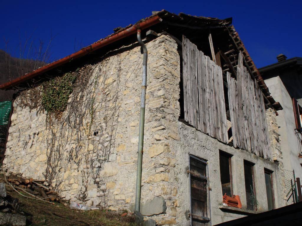 foto Rustico Rustico Località Rovasco, Dizzasco