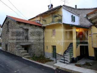 Photo - Detached house piazza Ferrero Francesco 6, Mombarcaro
