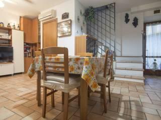 Foto - Casa indipendente via Enrico Malacari 30, Offagna