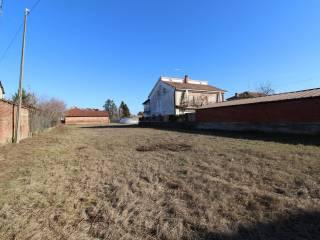 Foto - Terreno edificabile residenziale a Valfenera