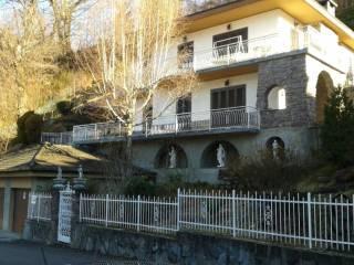 Foto - Casa indipendente via San Giovanni, 3, Vegno, Crandola Valsassina