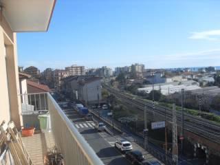 Foto - Trilocale buono stato, terzo piano, Camporosso