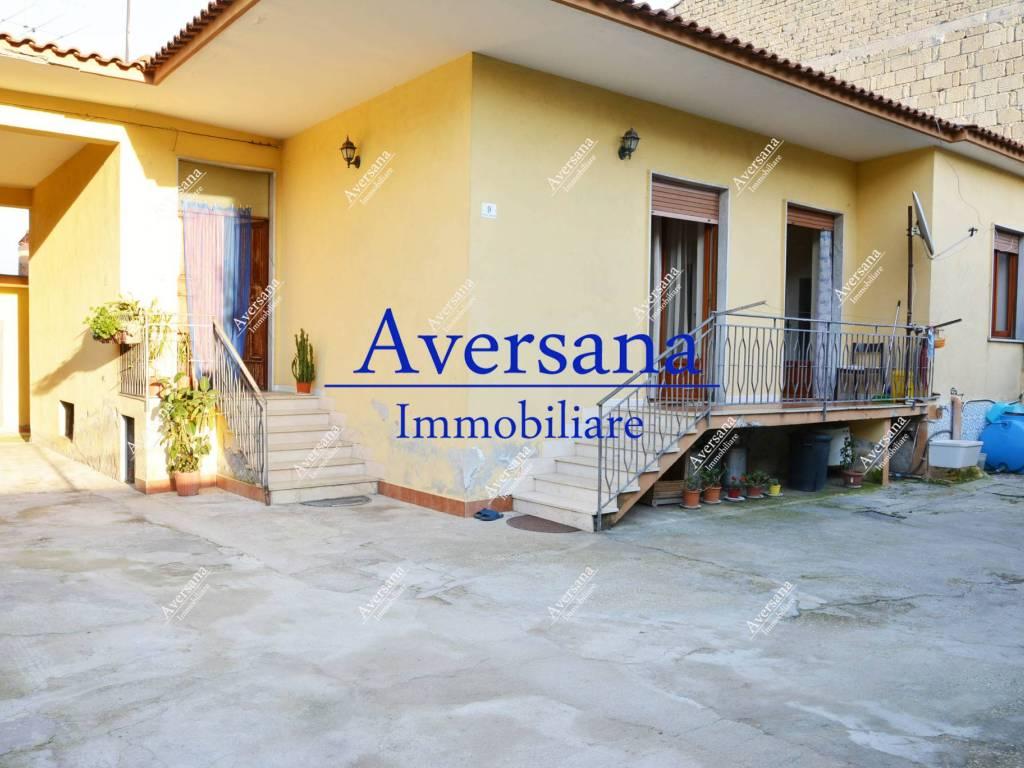foto Facciata Single family villa via Vittorio Emanuele 195, Parete