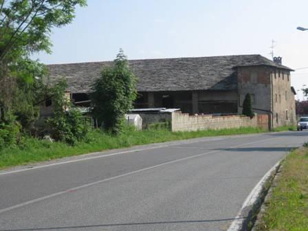 foto  Dairy farm via Vecchia di Cuneo, Borgo San Dalmazzo