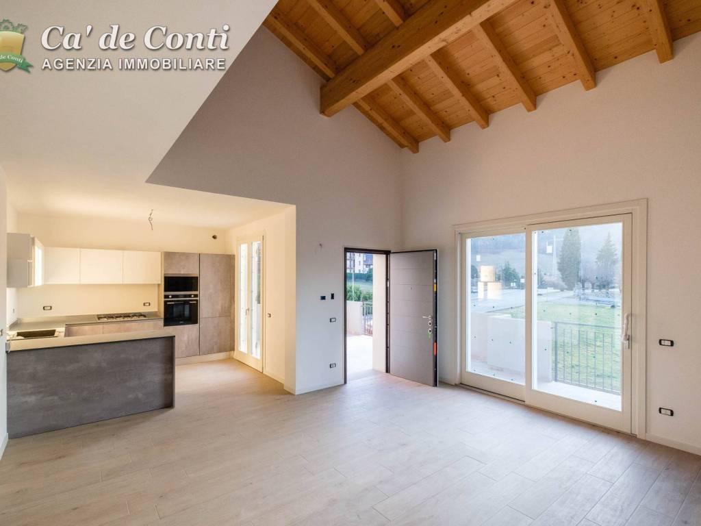 foto salone Villa via Aldo Moro, Trescore Balneario