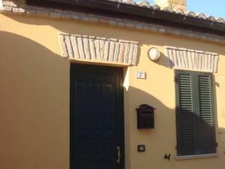 Foto - Bilocale via Castello Poggio, Terre Roveresche