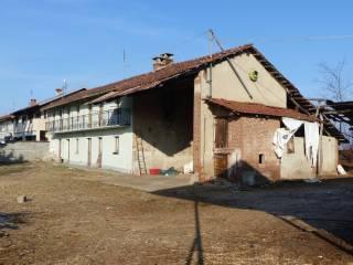 Foto - Rustico / Casale frazione Madonna Orti 32, Madonna Orti, Villafranca Piemonte
