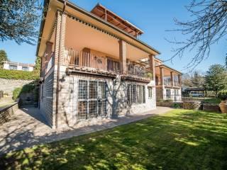 Foto - Villa bifamiliare via Monte Amiata, 12, Trevignano Romano