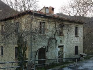 Foto - Rustico / Casale frazione Piano 64, Frazione Piano, Montegallo