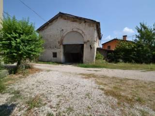 Foto - Rustico / Casale via Fornaci 12, Montecchio Maggiore