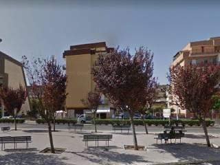Foto - Box / Garage piazza Dottor Alfredo Albanese, Trani
