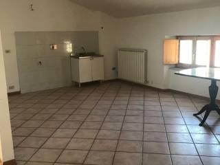 Foto - Appartamento piano terra, Valfabbrica