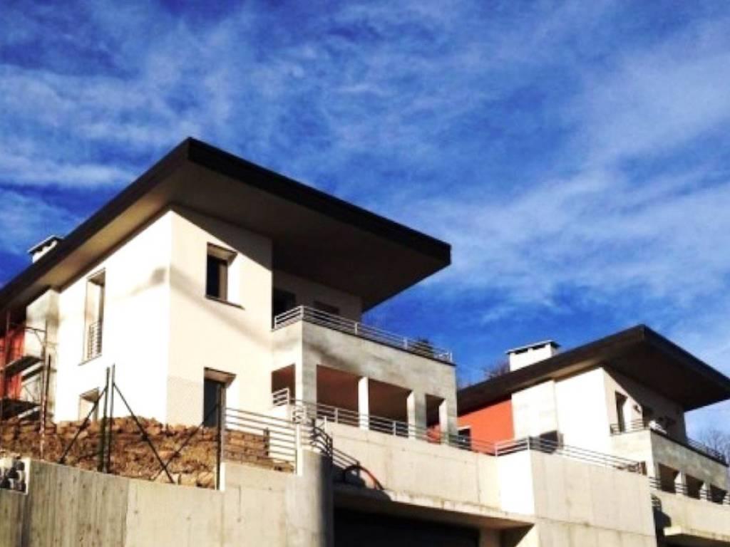 foto  Villa via Ca' Bella, Clivio