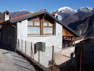 Foto - Casa indipendente via Pigazzi, Pasturo