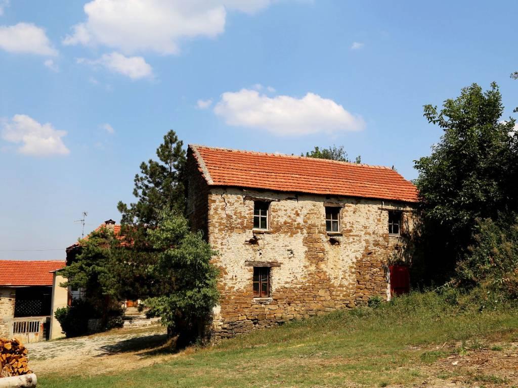 foto  Farmhouse, to be refurbished, 685 sq.m., Prunetto