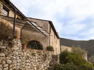 Foto - Rustico / Casale via San Silvestro, Campello sul Clitunno