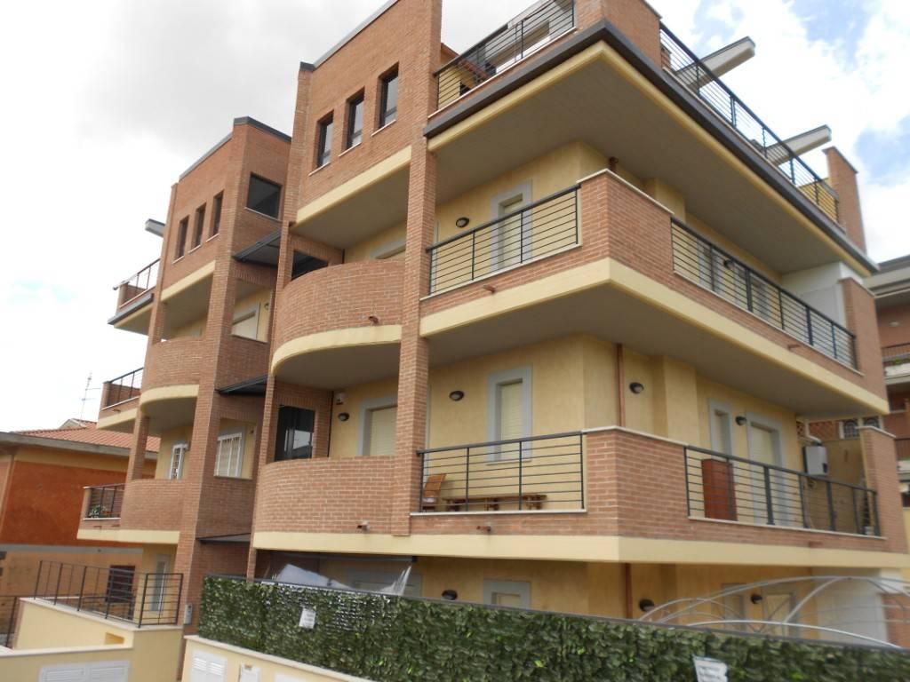foto  Trilocale via Colonnelle, Castel Gandolfo