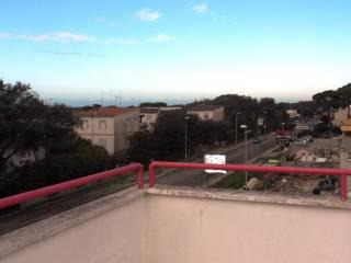 Foto - Trilocale via della Stazione, Anzio