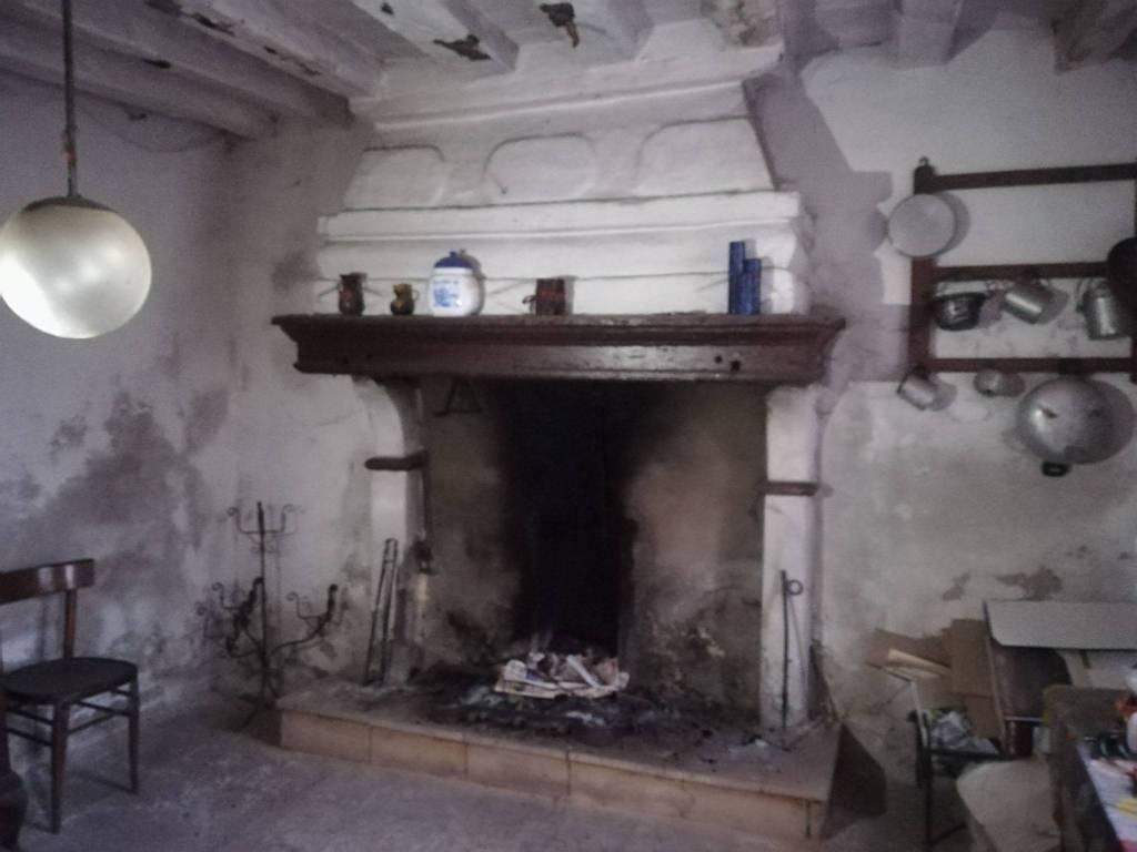 foto  Rustico / Casale, da ristrutturare, 193 mq, Gadesco-Pieve Delmona
