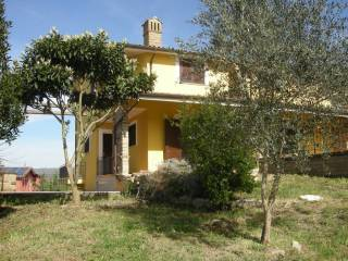 Foto - Villa bifamiliare via delle patere, 25, Sutri