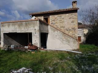 Rustici con terrazzo in vendita San Severino Marche - Immobiliare.it