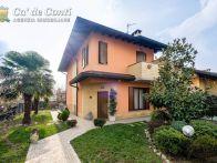 Villa Vendita Calcinate