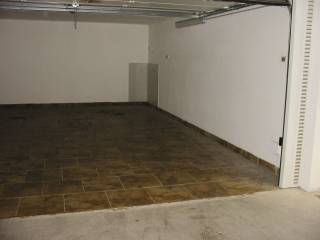 Foto - Box / Garage via 25 Aprile, Cernusco Lombardone