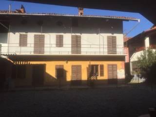 Foto - Rustico / Casale via Fiume 5, Romano Canavese