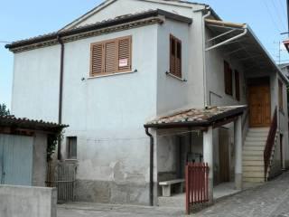 Foto - Casa indipendente Strada Provinciale  Giulianova, Villa Camera, Campli