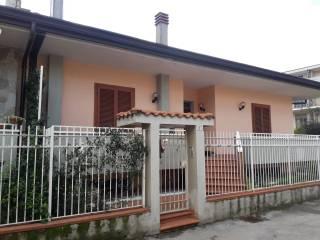 Foto - Villetta a schiera via Savasta, Roccapiemonte