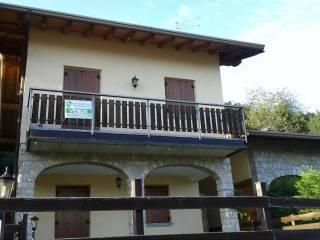 Foto - Quadrilocale via Fontanelle 12, Ossimo