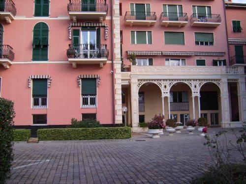 foto  Bilocale viale delle Palme, Genova