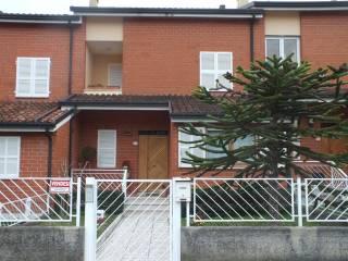 Foto - Villetta a schiera via Gaspare Spontini 14, Montegiorgio