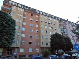 Foto - Bilocale via Giovanni Pascoli, Bollate