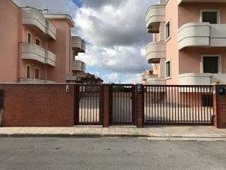 Foto - Quadrilocale via Monsignor Caforio, Crispiano