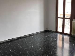Foto - Quadrilocale buono stato, terzo piano, Limbiate