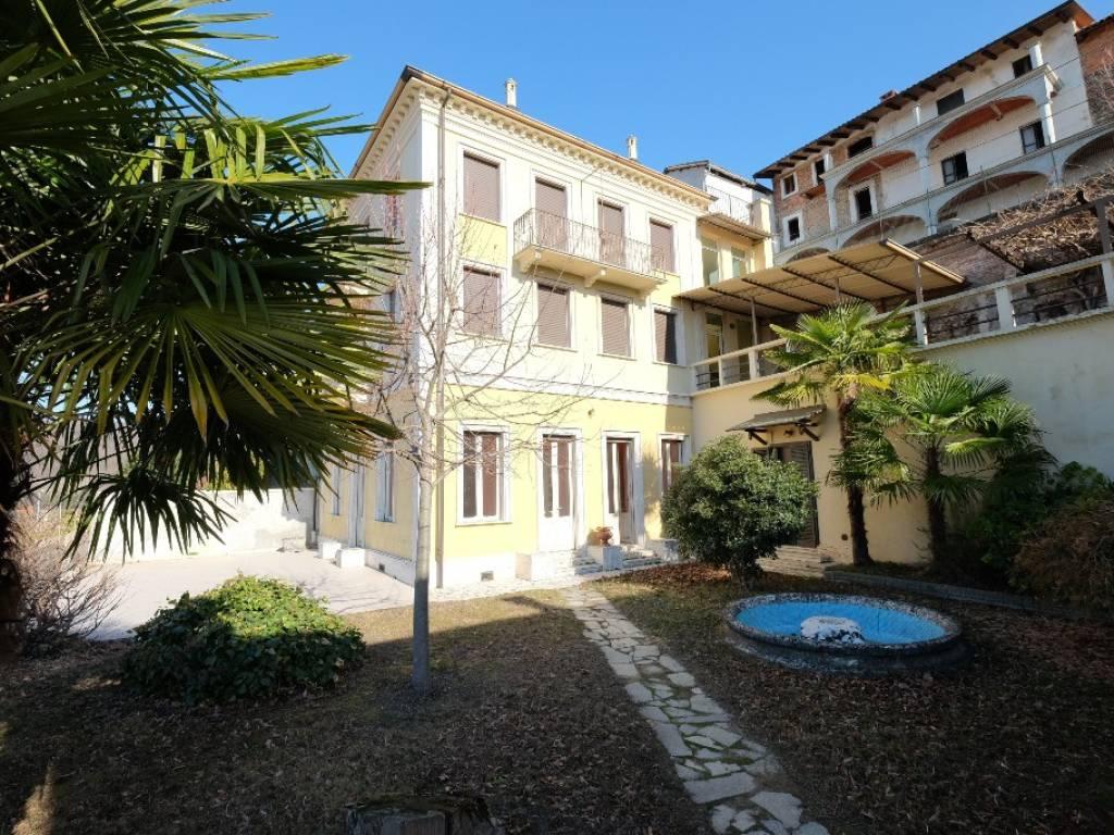 foto  Villa bifamiliare, ottimo stato, 300 mq, Borgomasino