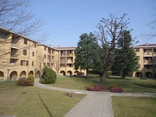 Foto - Trilocale via Monsignor Benvenuto Sala, Verderio