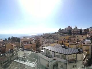 Foto - Trilocale nuovo, primo piano, Taormina