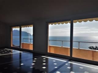 Foto - Appartamento nuovo, ultimo piano, Bogliasco