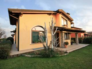 Foto - Villa unifamiliare via Pizzo Badile 30, Bagnolo Mella