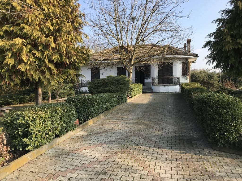 foto  Single family villa frazione San Defendente, Canale