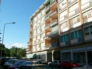 Foto - Trilocale via Ugo Macchieraldo 7, Biella