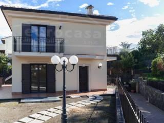 Foto - Villa piazza Guglielmo Marconi, Trecastagni