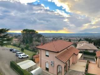 Foto - Quadrilocale via del Colle 42, Viterbo