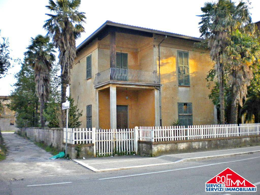 foto facciata Single-family townhouse viale San Domenico 2, Sora
