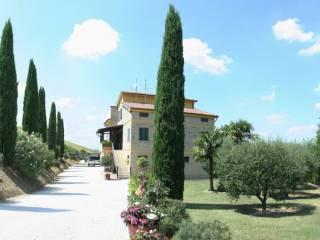 Foto - Casa indipendente 250 mq, ottimo stato, Montegranaro