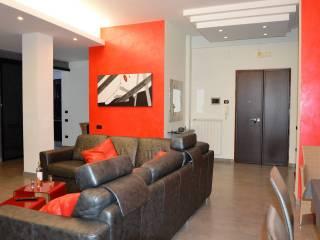 Foto - Quadrilocale terzo piano, Centro città, Salerno
