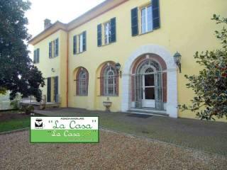 Foto - Stabile o palazzo tre piani, ottimo stato, Dusino, Dusino San Michele