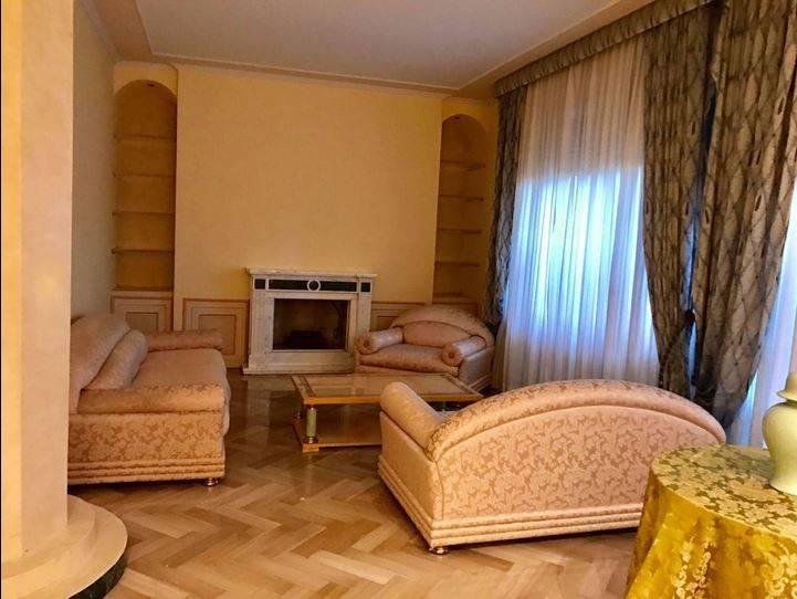 foto  Appartamento ottimo stato, piano terra, Prato